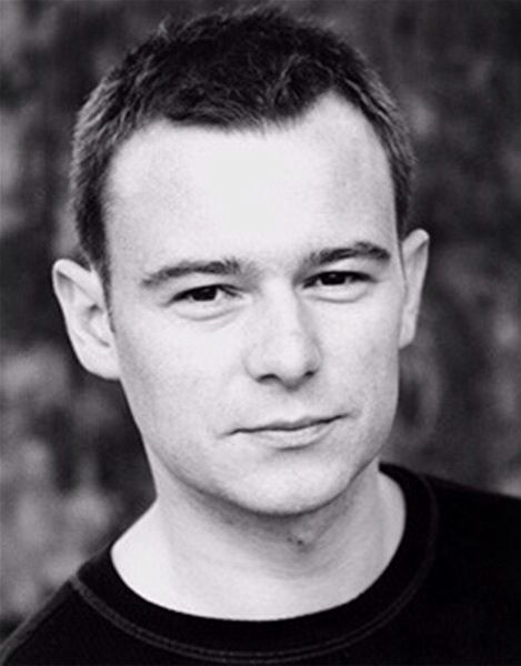 Love him andrew Lancel in the bill and was in coronation street :) x
