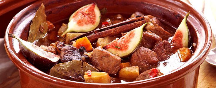 Lammetagine med kanel, kakao og fiken [Bra oppskrift. Couscous med pistasjnøtter, aprikoser og raspet limeskall som tilbehør.]