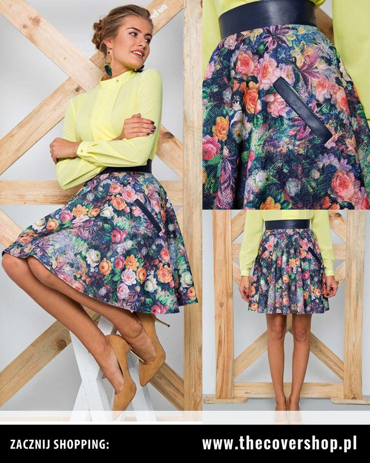#Piękna #rozkloszowana #spódnica #kwiatowa! Wprowadzi odrobinę ciepłej wiosny w Twoim #outficie nawet w chłodne jesienne dni. Dostępne rozmiary: 36/38/40/42/44 Cena: 65 zł + DARMOWA DOSTAWA w Polsce lub odbiór osobisty w Krakowie. #modadamska #spódnicawewzory #kwiaty #odzież #damska