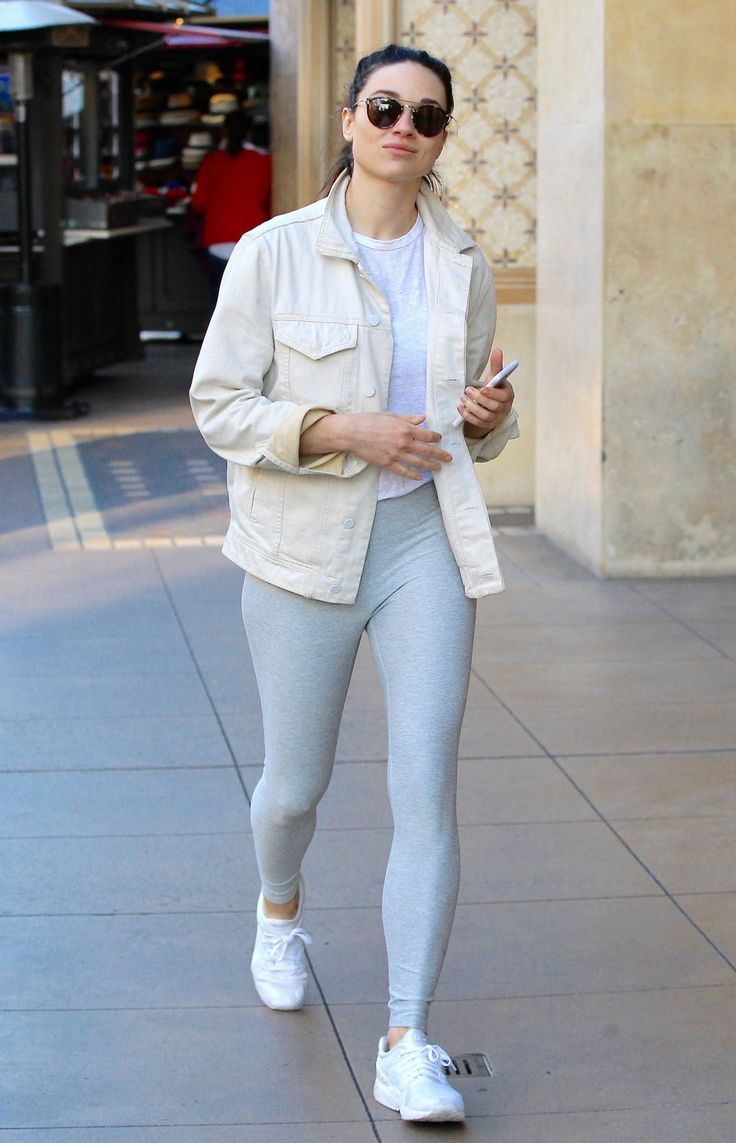 Crystal Reed #CrystalReed Showing Off Her Fit Figure in a Pair of Grey Yoga Pants  Shopping in Beverly Hills 28/02/2017 Celebstills C Crystal Reed