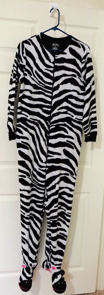 NICK & NORA Pajama One Piece Medium Zebra Footed Fleece Soft  #NickNora #OnePiece