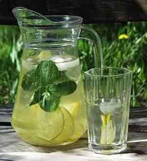 woda z cytryną i miętą - Szukaj w Google
