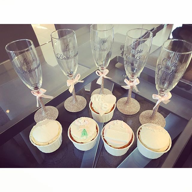 The last night of Steph being Miss Ferguson 💍 Pre-wedding excitement 💕 #ChurchWeddingNoChurch . . . . . . . @rebecka_lauren slayin' with the cakes again🎂