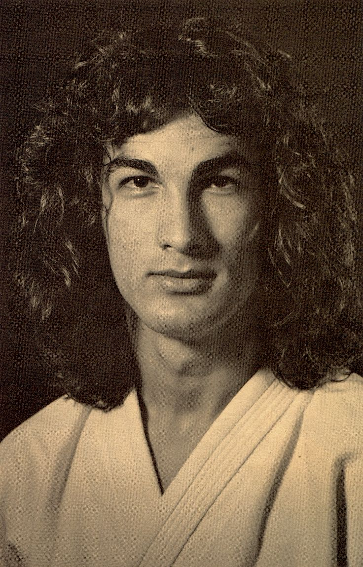 THE ACTIONEER - Steven Seagal as a young Aikido student in Japan...