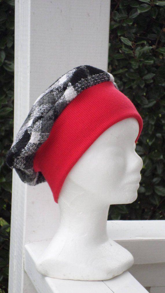 Bonnet chapeau béret  rouge et noir blanc en jersey coton et laine   confortable unique collection automne hiver écossais 0aad8c632d1