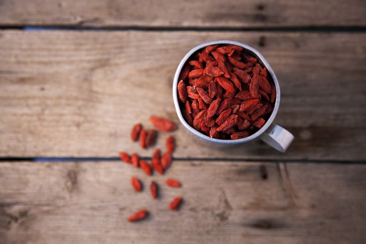 How to Dry Goji Berries   LEAFtv