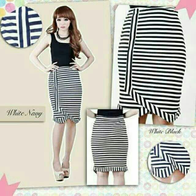 Saya menjual Gamila Line Spandek Mini Skirt seharga Rp79.000. Dapatkan produk ini hanya di Shopee! http://shopee.co.id/deventostore/4229113 #ShopeeID