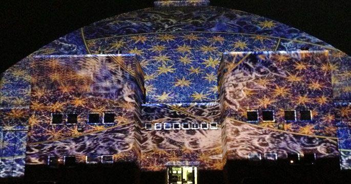 Ravenna-i mosaici proiettati sulla cupola del Pala de Andrè dopo il concerto di Riccardo Muti