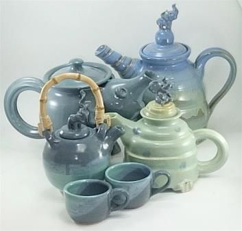 elephant teapots by Gary Rith   So pretty, love the colors too!
