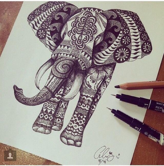 ... sur Pinterest  Plumes, Tatouages éléphants et Tatouage dans le dos
