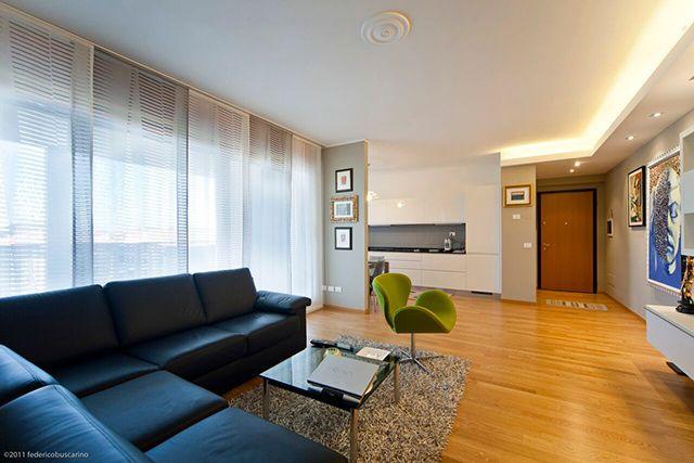 Arredare il soggiorno con tende a pannello. Ecco alcuni consigli: http://goo.gl/6TY2zK
