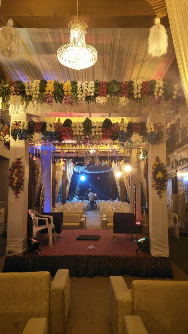 wedding stage decoration pics%0A  Indian street wedding  truss  mandap  chori  truss Mandap chori crystal