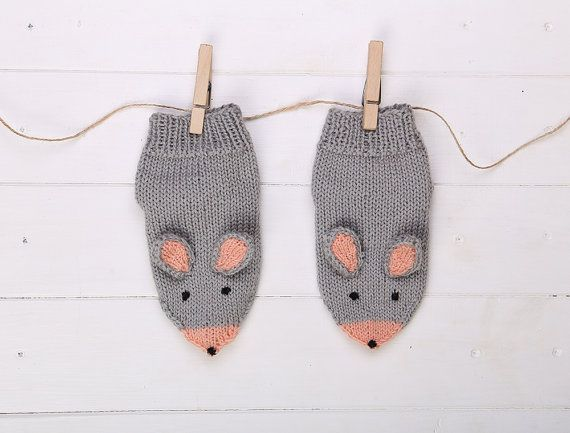 Mouse knitted baby socks Gift for kids Gift for girl by NorthMama