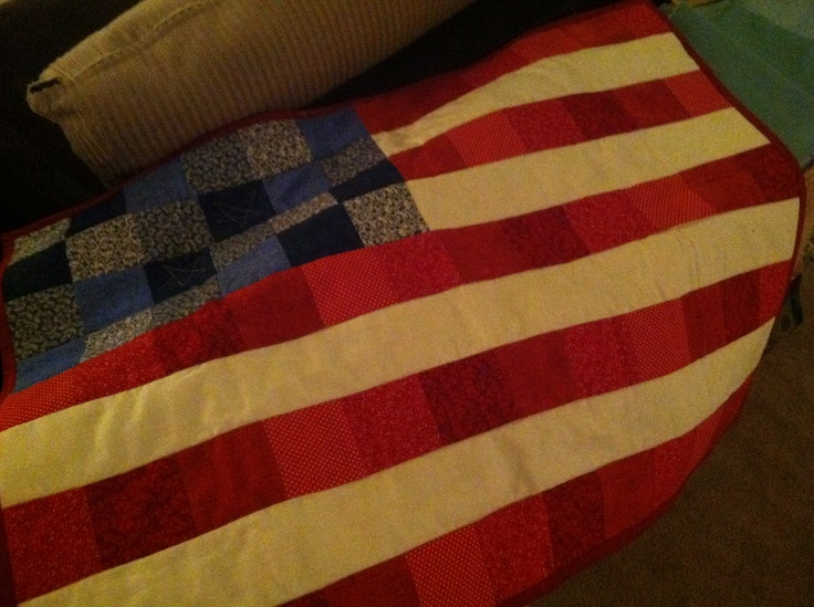 God Bless America quilted wall hanging.