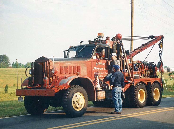 Classic Towing - Wheaton, IL Towing and Roadside Assistance - http://wheaton.classictowingservices.com