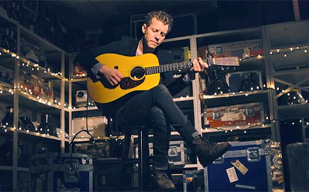 Anderson East showed fans the depth of his voice recently when he dropped his first official LP Delilah last summer via famed country producer Dave...