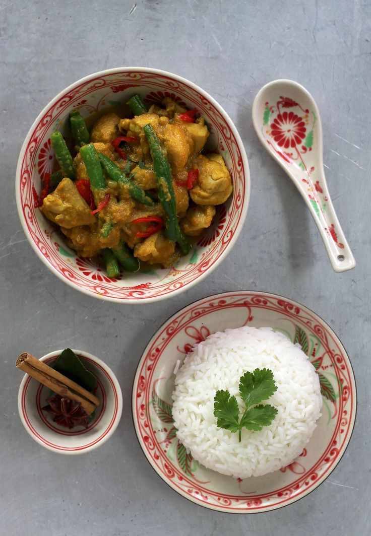 MALAYSIAN CHICKEN & GREEN BEAN CURRY.  There are countless ways of making Malaysian-style chicken curries. We've stripped this one back to its essentials to teach you how to make an amazing curry from scratch in no time. One you will be proud of.  40 Minutes. One of our most popular dishes of 2014