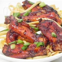 Ailes de poulet sauce hoisin @ qc.allrecipes.ca