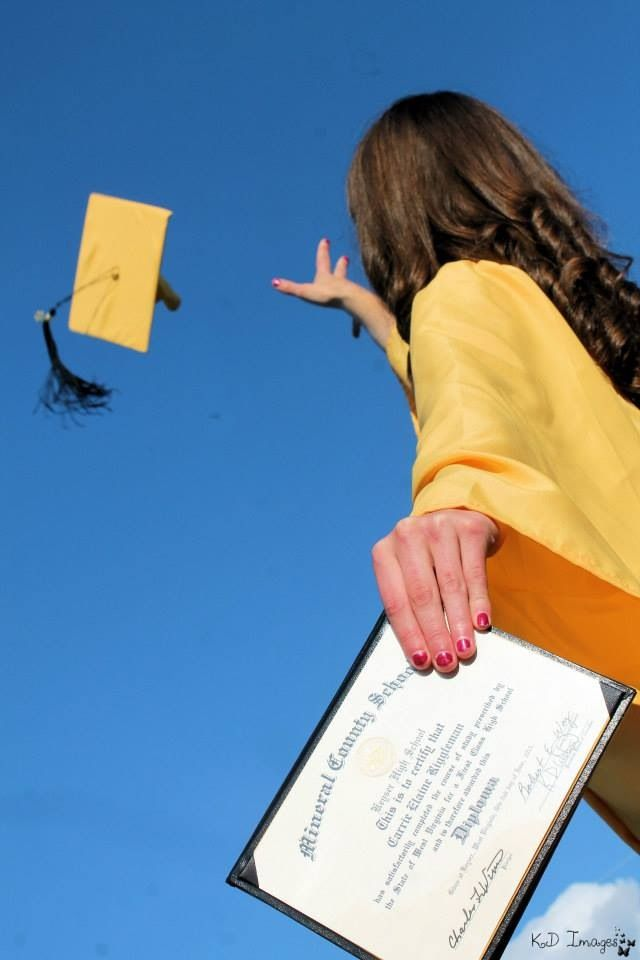 Senior girl photography cap and gown diploma