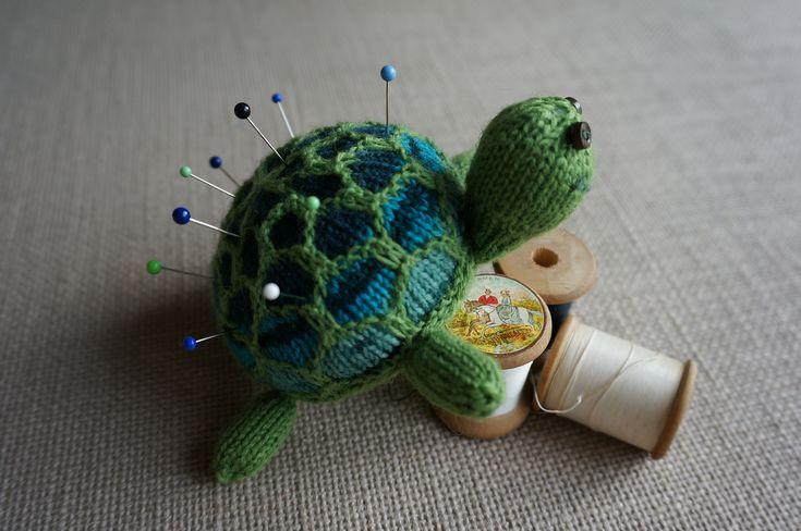 Ravelry: Turtle Pincushion by Marjolein Admiraal