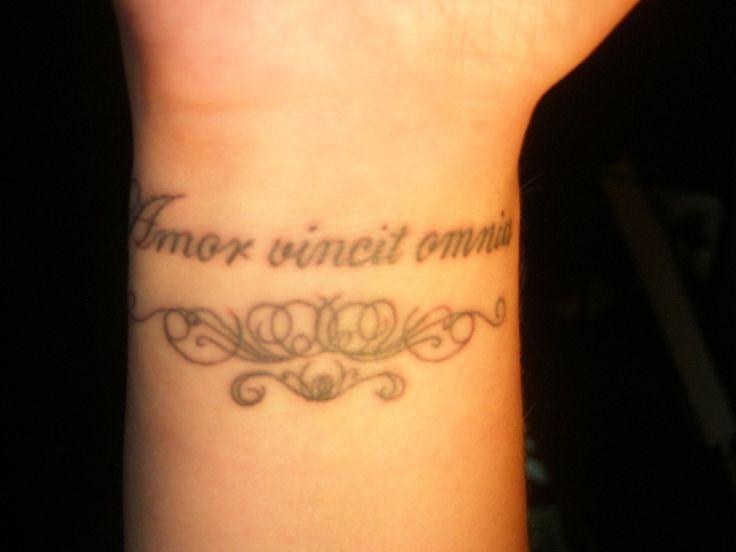 Pretty Wrist Tattoos for Girls | Wrist Tattoo Latest Trend