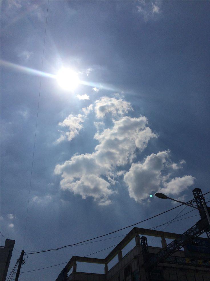 2017년 5월 17일의 하늘 #sky #cloud #sun