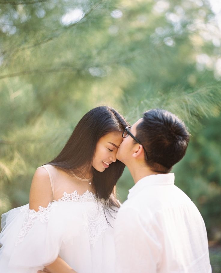 You are every reason, Every hope, and every dream i've ever had . . Courtesy from @tabitatanto & @andrewmaxell Pre Wedding Location Sumba, Flores Nusa Tenggara Timur . . Photograph by @alvinfauzie Taken by Pentax 67 105mm f2.4 Fujifilm Pro 400H Make up by @yongkylay Dress by @bramantawijaya Develop by @artisanfilmlab Check our website for the other photos at www.alvinphotography.co.id