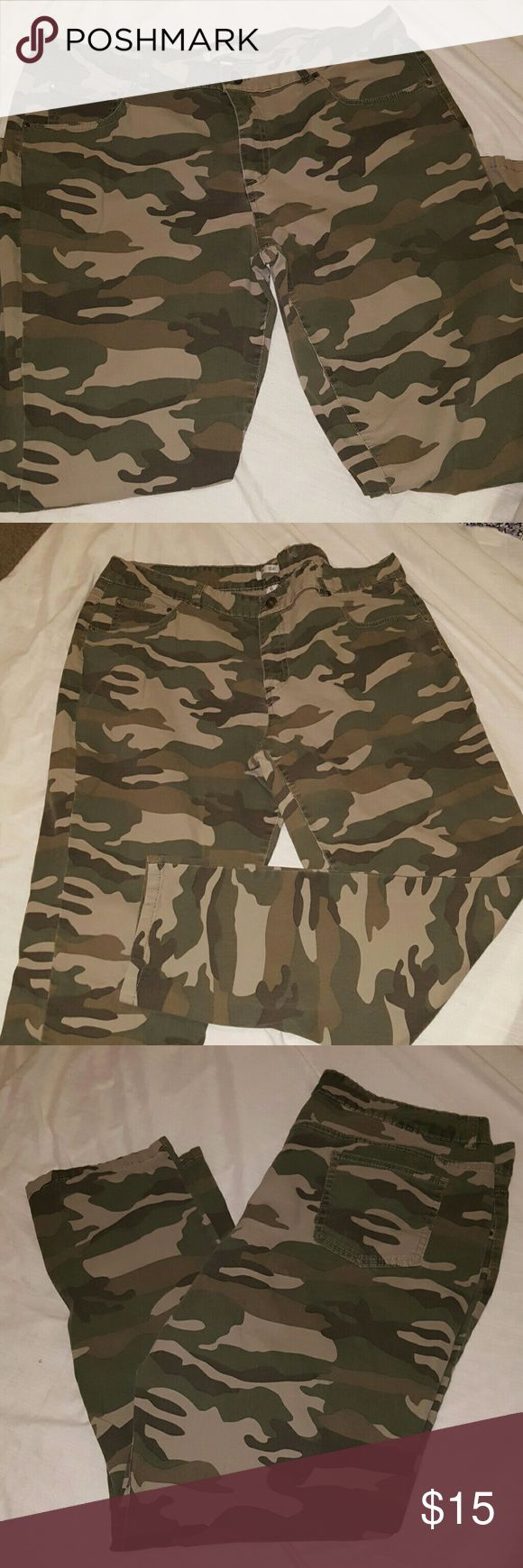 """Camouflage Skinny Pants New without tag. Length 37 1/2"""". Pants do have a good amount of stretch to them. Pants Skinny"""