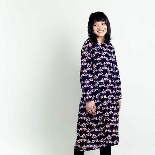長袖ワンピース 山桜