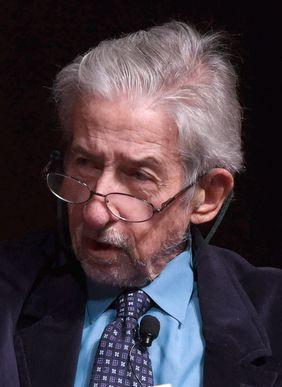 Tom Hayden - Wikipedia