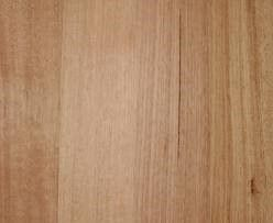 Tasmainian Oak  Colour varies from straw colour to  reddish-brown with intermediate shades of cream to pink. The timber has straight, open and even grain with a  texture that is open, uniform and fairly coarse.