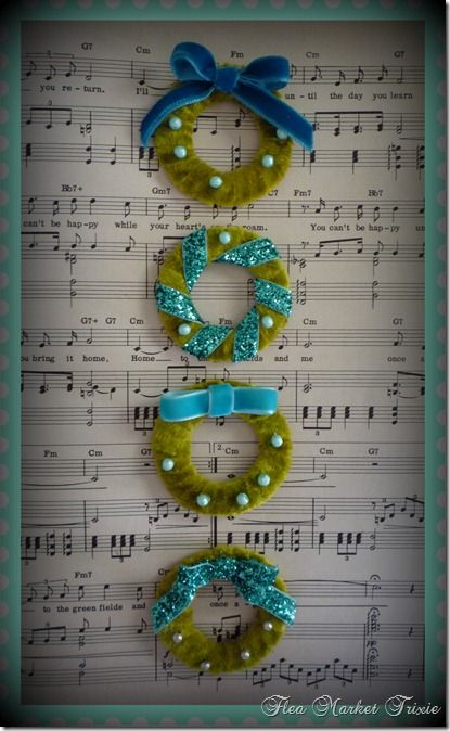 DIY Vintage style miniature wreath ornaments.  LOVE these.