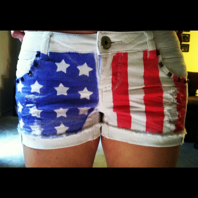 Tulip Fabric Spray Paint Ideas Part - 38: American Flag Shorts DIY With Tulip Fabric Spray Paint Scarlet And  Sapphire. And Use Masking