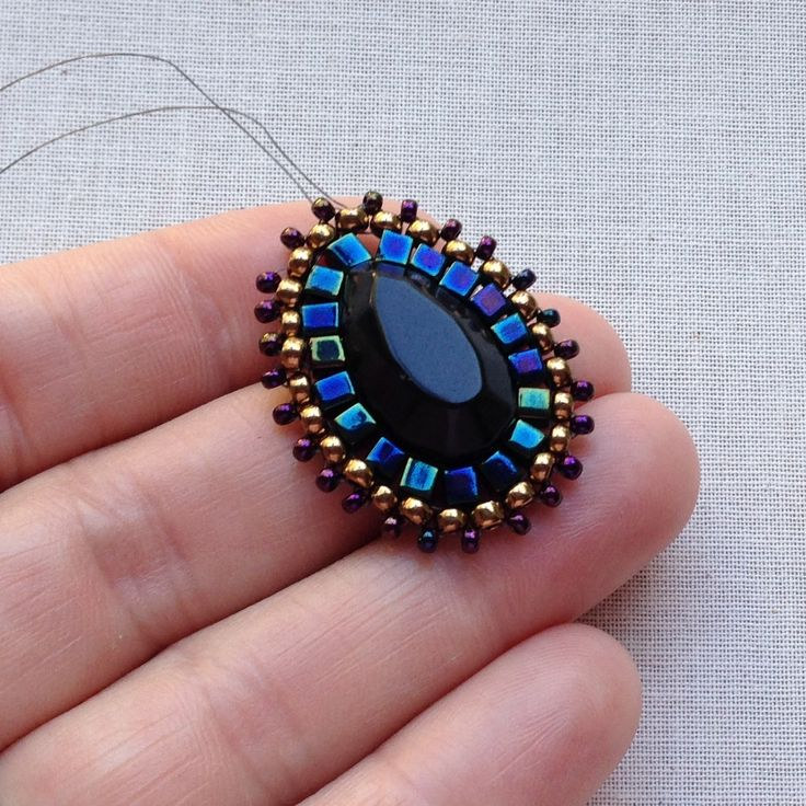 Lisa Yang's Jewelry Blog: How to Choose Colors for Your Beading Project by Limiting your Choices