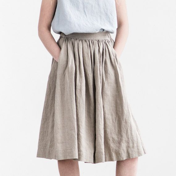 Washed and soft loose linen skirt with deep pockets and elastic waistband for comfortable fit. The standard lenght of the skirt is +/- 27.5  (70 cm). The lenght to +/- 31.4 ( 80 cm) can be made with no extra charge. Please leave us a note while ordering.