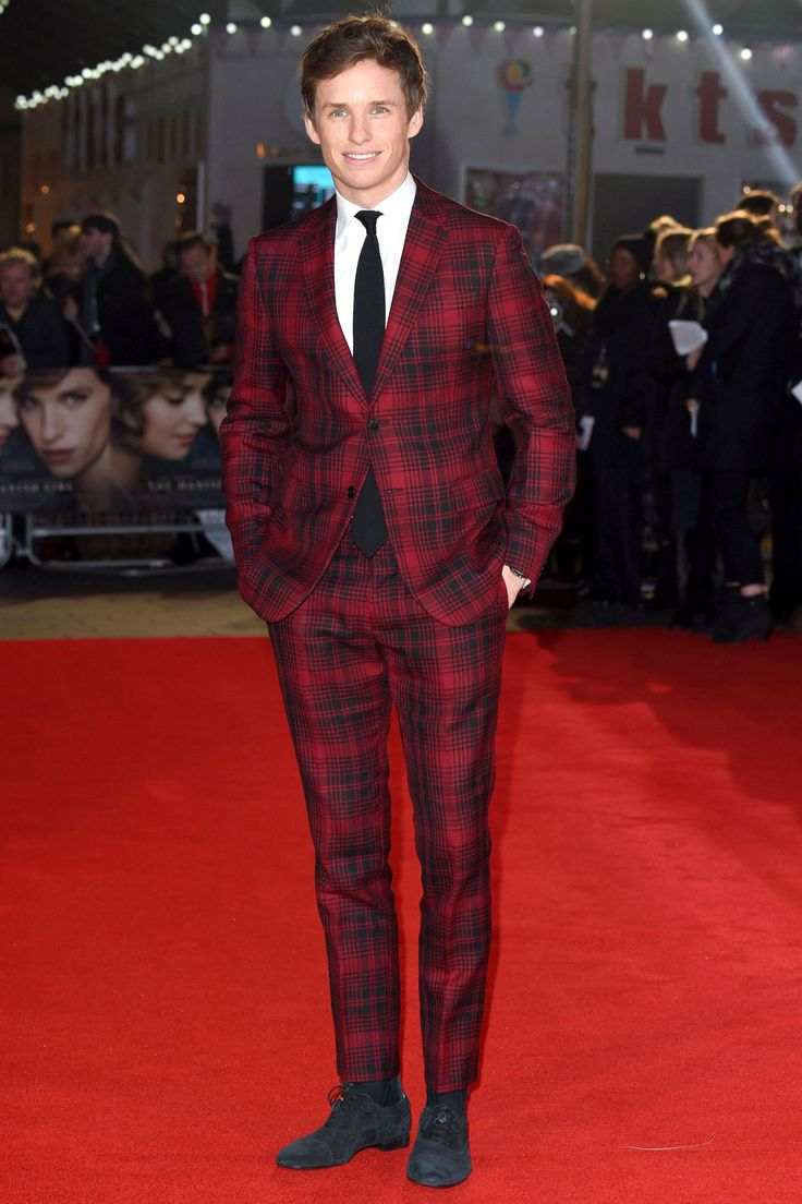 Eddie Redmayne is never one to shy away from a bold suit