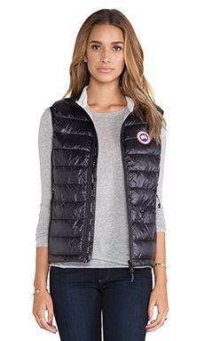 Canada Goose Hybridge Lite Vest in Black | REVOLVE