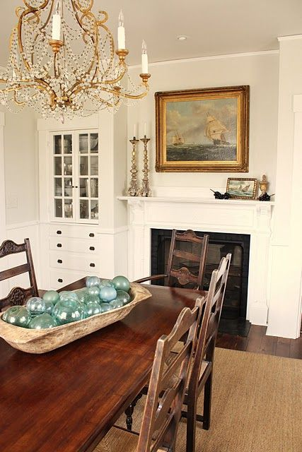 pale grey dining room | paint color: benjamin moore - halo