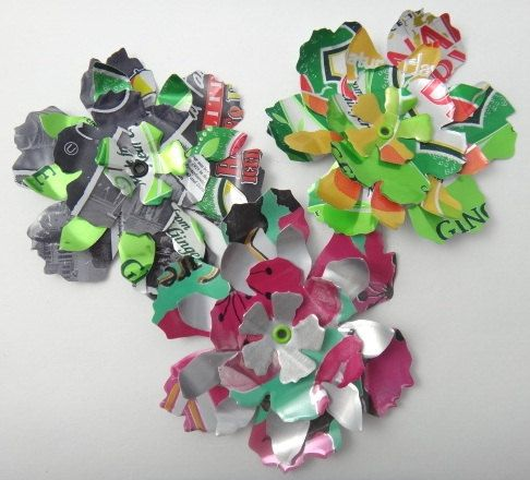 Layered Soda Can Flowers