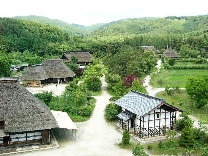 「永遠の日本のふるさと」とも言われる岩手県遠野市。柳田國男著の「遠野物語」が有名ですね。長く語り継がれてきた数々の昔話や民話を、今でも語り部さんが聴かせてくれるそうです。