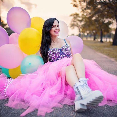 Sandra Cires Art (@sandraciresart) • Fotos y videos de Instagram  – the girls sweet 16