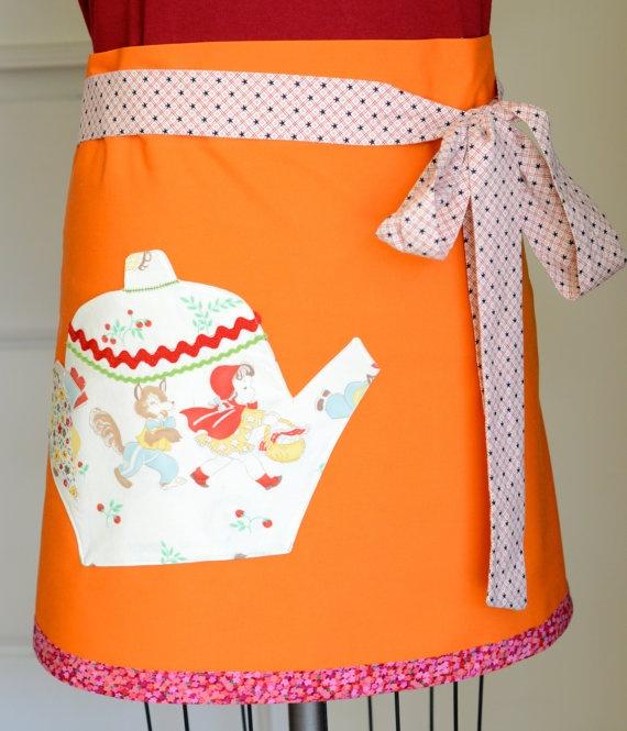 Teapot apron