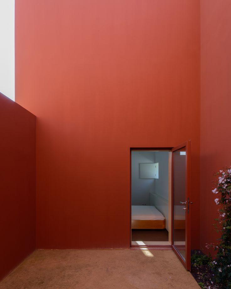 Galeria de Casa em Oeiras / Pedro Domingos arquitectos - 4
