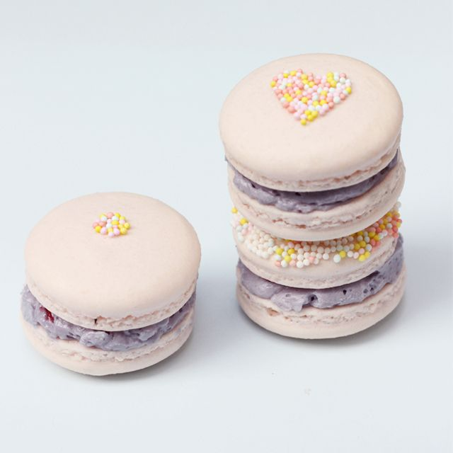 How to Make Perfect Macarons | With Lovely,