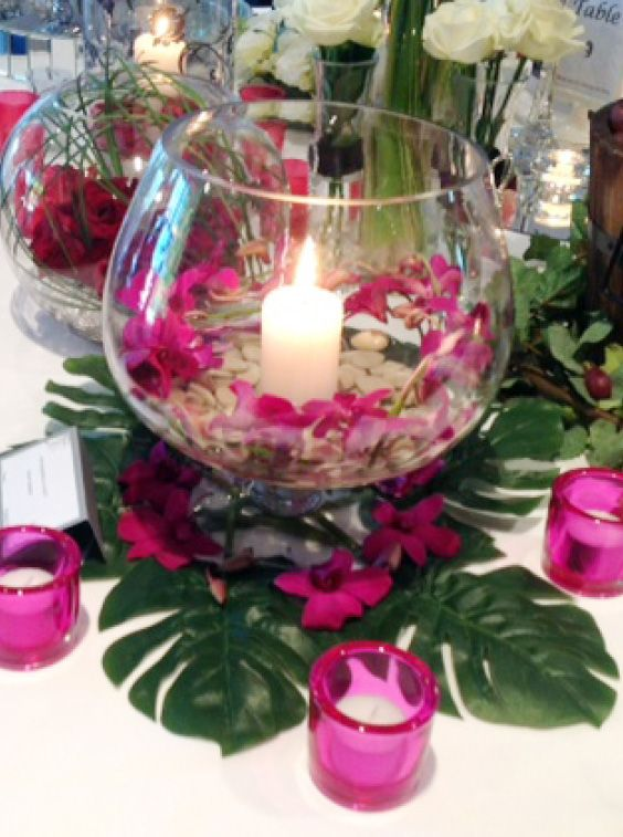 Beautiful pink table centrepieces.