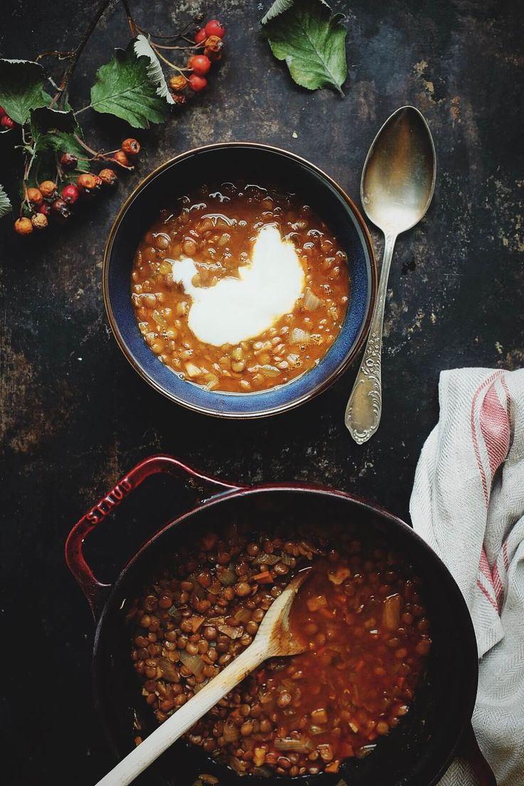 Zupa soczewicowa, która robi się sama – White Plate