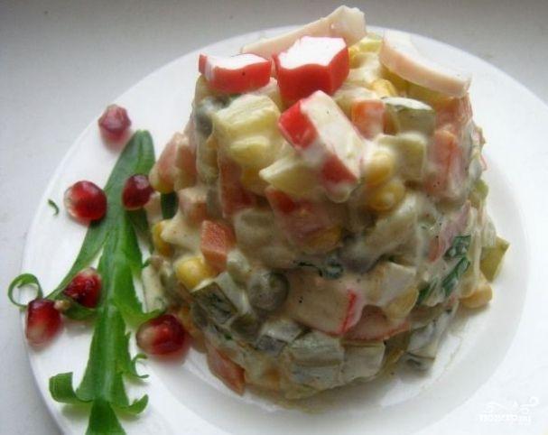Оливье с кукурузой и кальмарами | Рецепты салатов