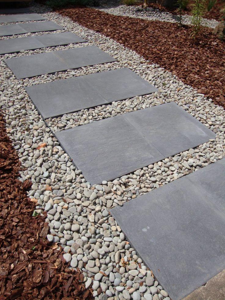 best 20 sidewalk landscaping ideas on pinterest. Black Bedroom Furniture Sets. Home Design Ideas