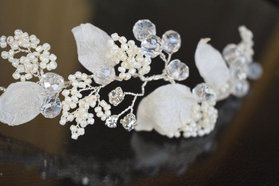 Silver wedding hair piece Wedding hair comb Pearl by MkeFlower