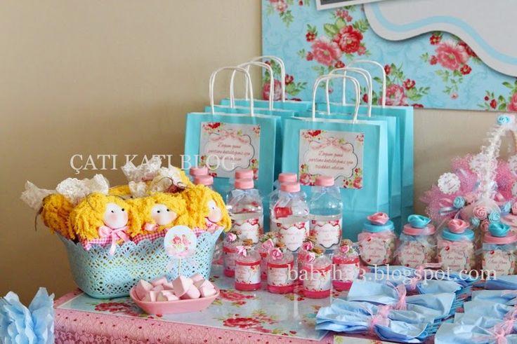 Ayşe Rana'nın Pembe/Mavi, Gül Detaylı, Vintage Esintili 3.Yaş Doğum Günü Partisi  Linke Tıklayınız  http://babyh23.blogspot.com.tr/2015/01/ayse-ranann-pembemavi-gul-detayl.html #pink #baby #birtday #cake #birtdayideas #birthdayparty #gift #ideas #cupcake #rose #blue #blueparty #pasta #dogumgünüfikirleri #vintage
